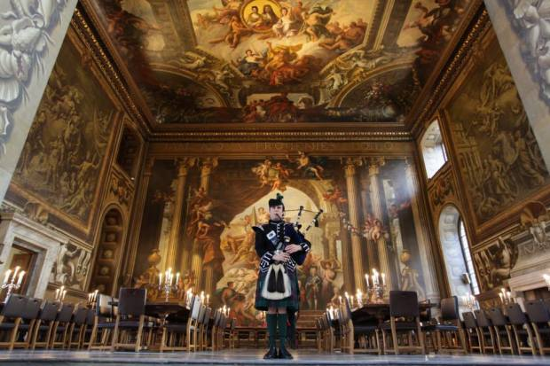 Callum Piping Painted Hall